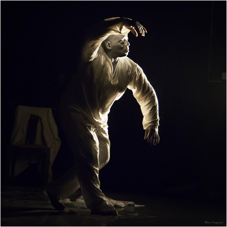 """Stage """"Une Autre Idée de la Danse Africaine"""" avec Vincent Harisdo"""